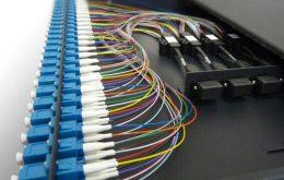 پچ پنل فیبر نوری چیست؟